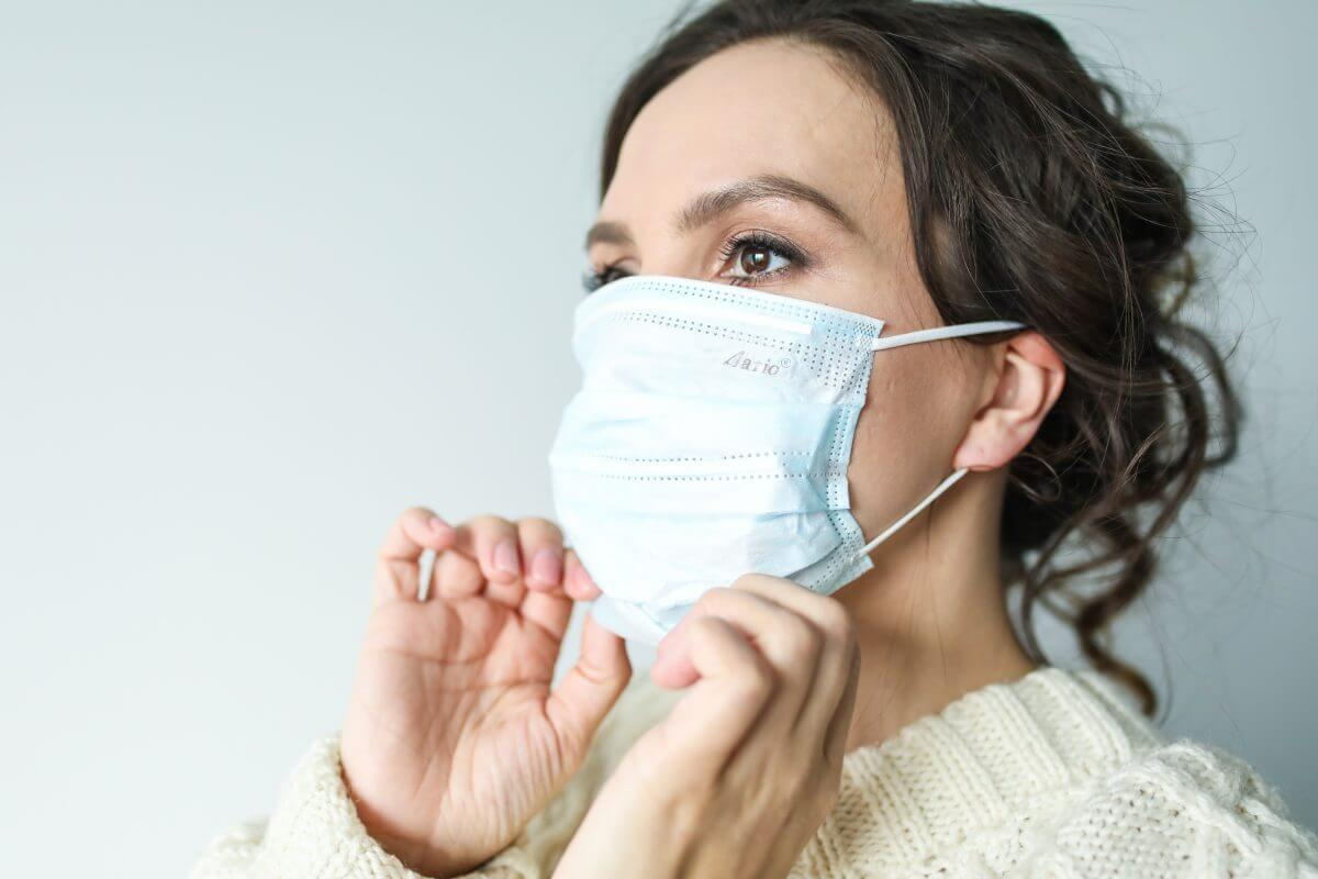 Canva-Woman-in-White-Face-Mask-1-1200x800.jpg